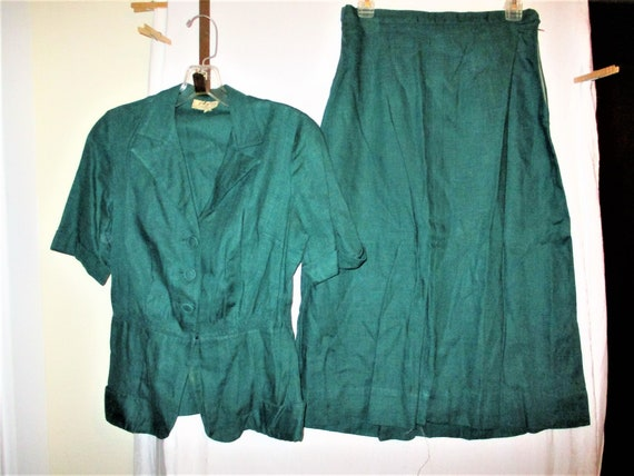 Vintage 40s Forest Green 2 pc Womans Suit LAiglon