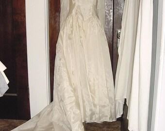 Vintage 50s Parachute Nylon Wedding Dress & Slip Sm