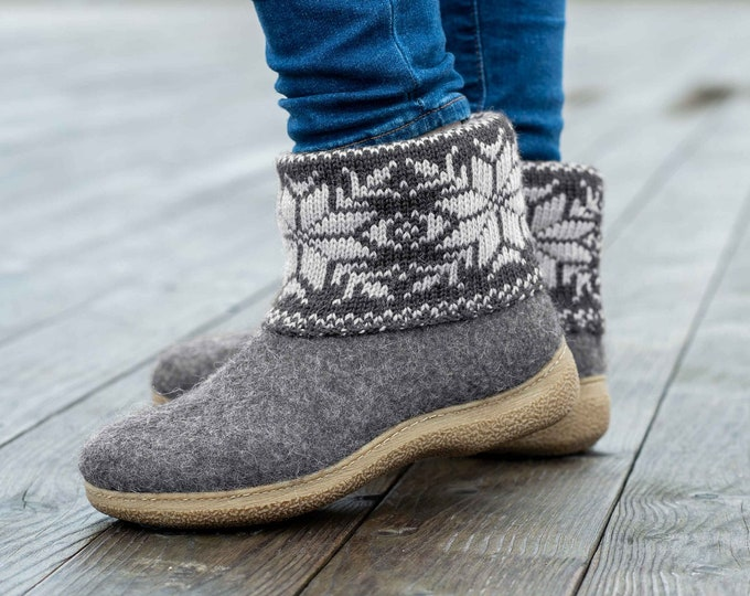 Handmade Natural Wool Booties with Side Cut, Outwear Slippers with Scandinavian Ornaments Handknitted Warmer