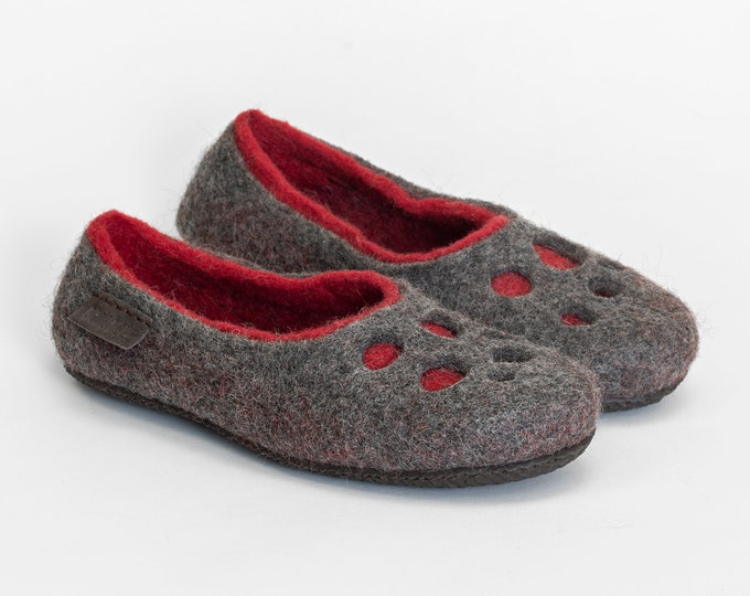 Womens wool slippers Moon Craters Grey Red, Warm boiled wool felted wool slippers home shoes, handmade slippers, Warm gift
