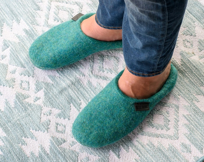 Easy slip-on wool slippers for men - Unisex slide felted wool slippers non slip soles