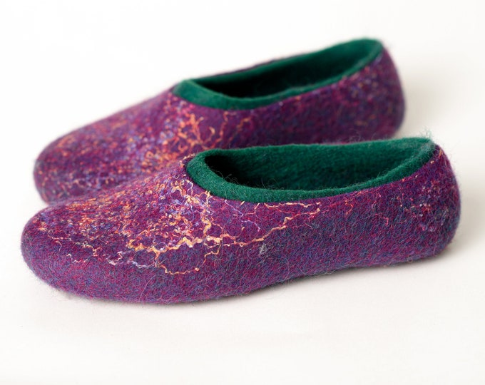 BureBure felted wool slippers for women with colorful linen threads, Warm 2 layered Purple Green