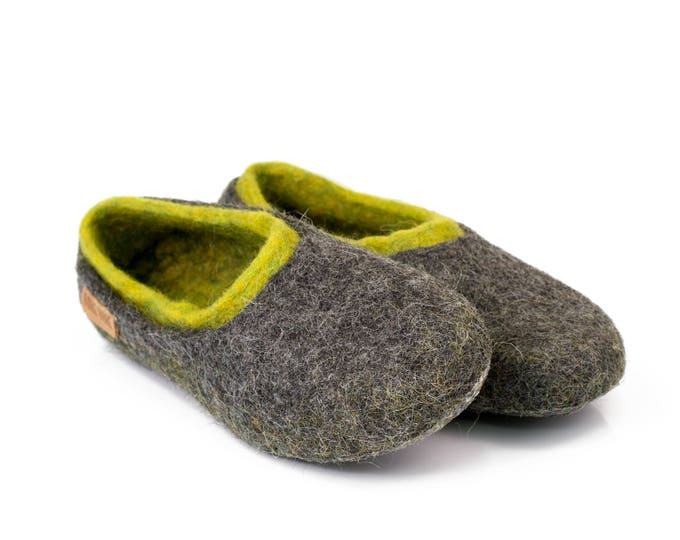 Ready to ship US 9 women - 39 EU Felted woollen slippers with a colourful inner part, Gray and green slippers, handmade wool slippers