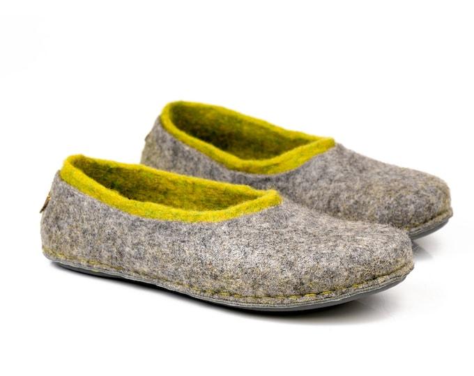 Ready to ship US 11 women, US 8,5 men/unisex, 41 EU Warm woollen slippers handmade from natural felted wool