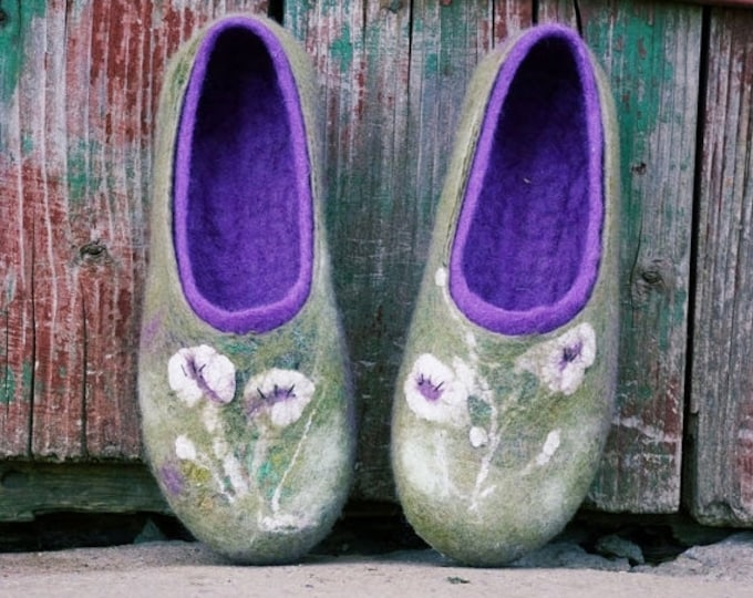 Green and ultra violet slippers with handmade flower decoration from silk, Felted wool slippers, women slippers Hygge home gift idea for her