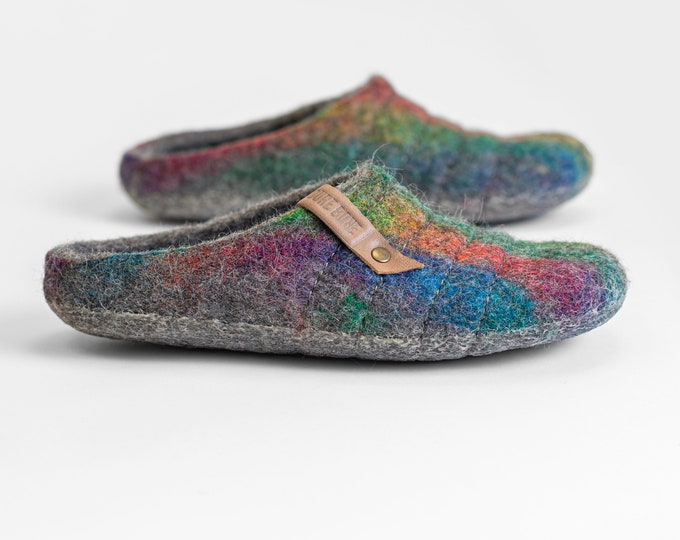 NEW felted natural wool slippers COCOON Easy slip on Rainbow with sturdy stitching on surface