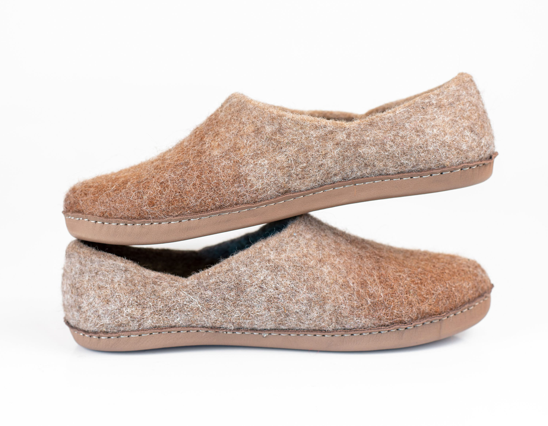 fa1dfa1fc1f29 Men's comfort Slippers Natural Wool Alpaca Clogs House Shoes ...