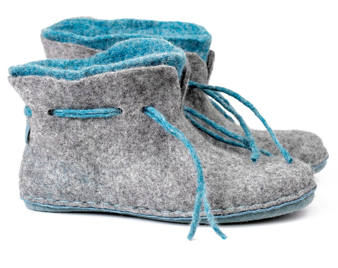 READY TO SHIP size 41,5 eu Warm 2 layered blue grey wool ankle boots slippers with suede soles
