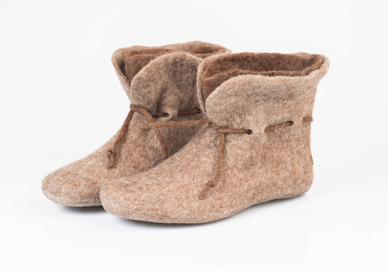 08770545f52e2 Warm Wool Boots Slippers for women, 2 Layered Beige Brown Ankle Booties  Slippers with Laces BureBure