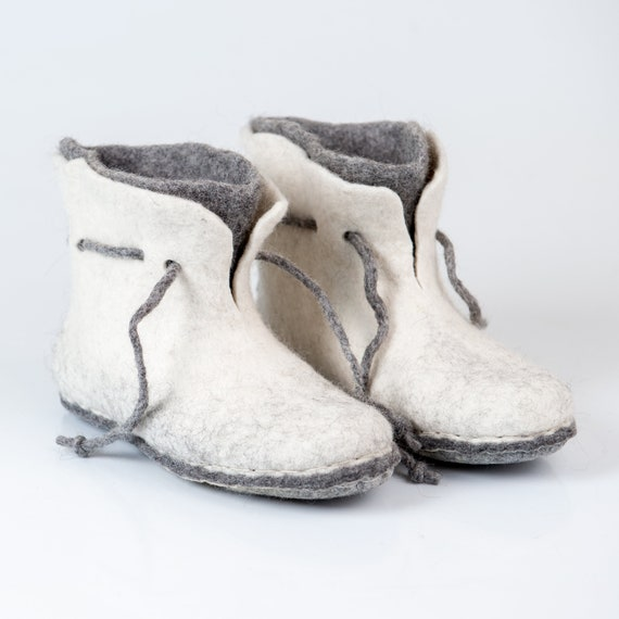 with Felted for layered Woollen slippers felted white ankle boots booties grey slippers her laces slippers Women 2 wool wool Warm booties 8Tw5ZZ