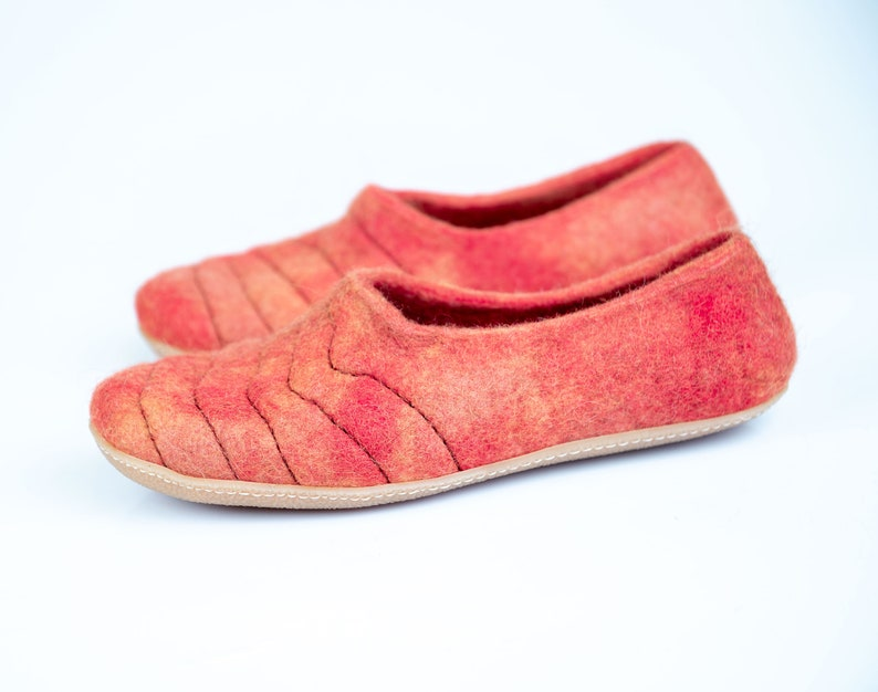 37bedbe9553c9 NEW wool slippers COCOON with sturdy stitching on surface & Living Coral  combo in linen bag with personalisation