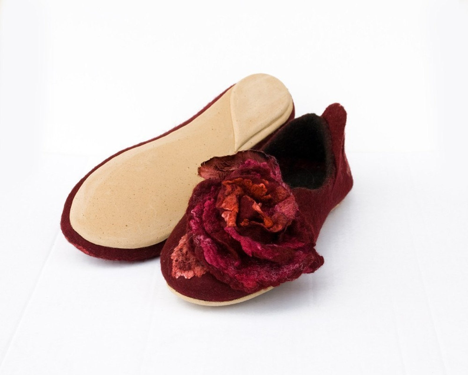 winter wedding handmade slippers with roses, handmade shoes, felt slippers flower, grandma gift ballet flats women slippers cozy