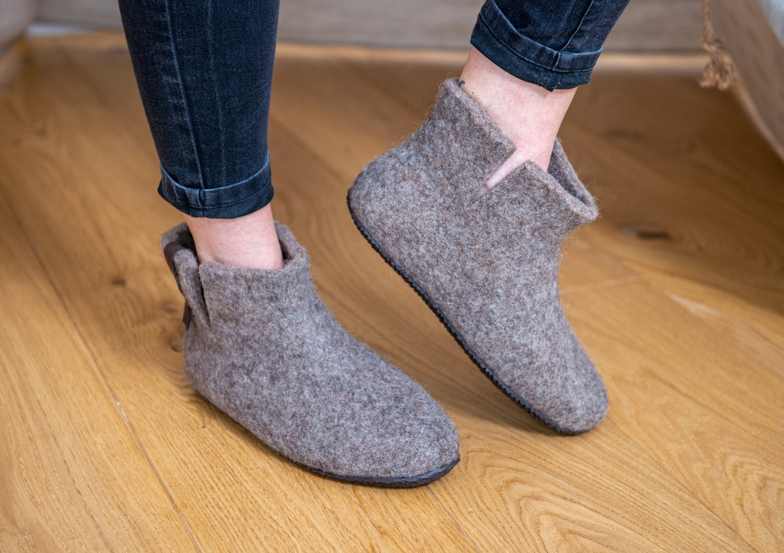 Ready to ship Women boot slippers Grey Natural wool Valentines gift in personalised bag