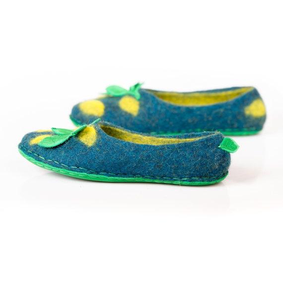 de9272324 ... gift women with slippers gift tropical Felted print ideas slippers  women Flower girl slippers Housewarming for ...