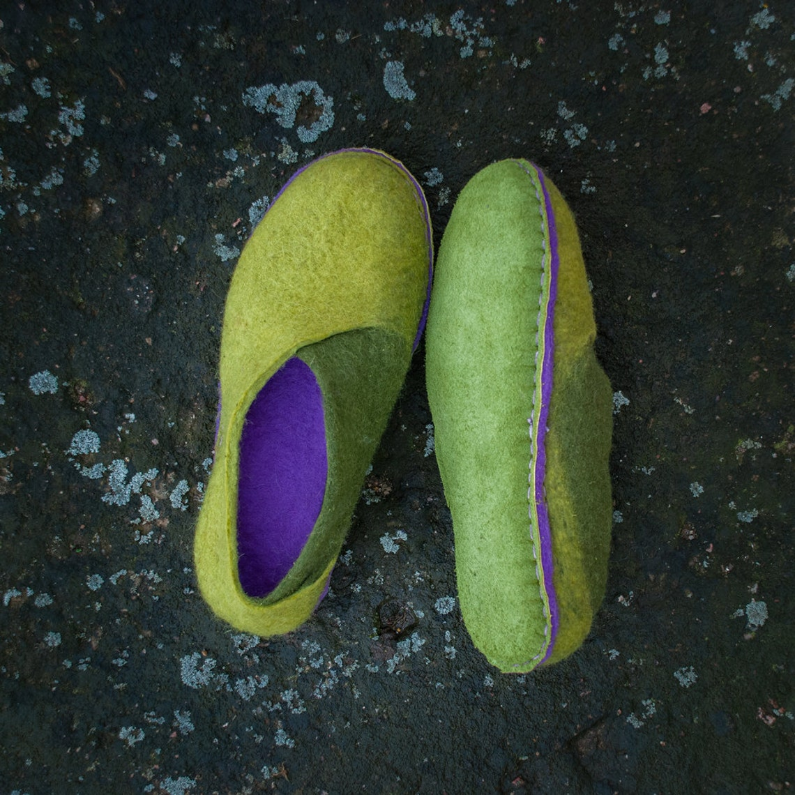 Lichen green ultraviolet shoes Felted women slippers Ultra violet wool shoes, Chartreuse color warm woolen slippers