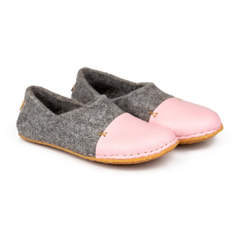 61c4dd86a9be Felted wool clogs with pink natural edge leather toe caps