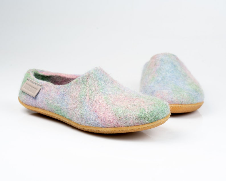 4139b13e65ade NEW BureBure Warm Wool Clogs Slippers for Women in Pale Blue, Pink and  Green Ombre