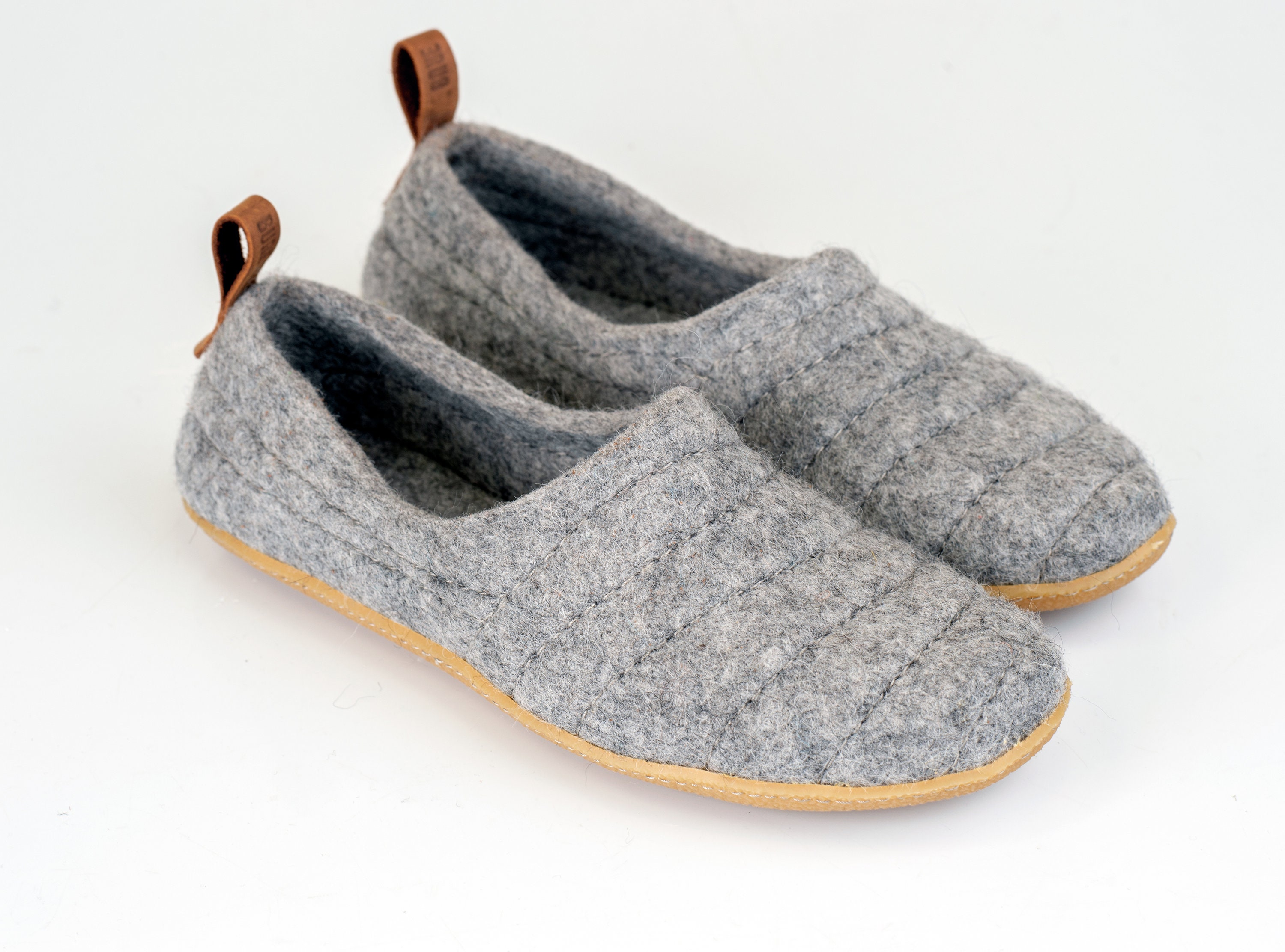8e96425d20f NEW light gray COCOON woolen slippers with rubber sole & pull loop