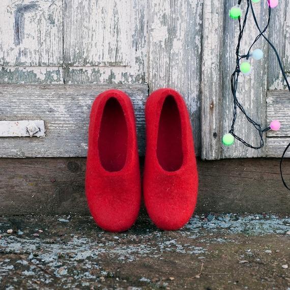 Pantoufles en laine femme rouge Perfect Fit - à pas chaussures à - talons rouges à la main en Europe - Hygge pendaison de crémaillère - bouillie de pantoufles en laine - pantoufles b56449