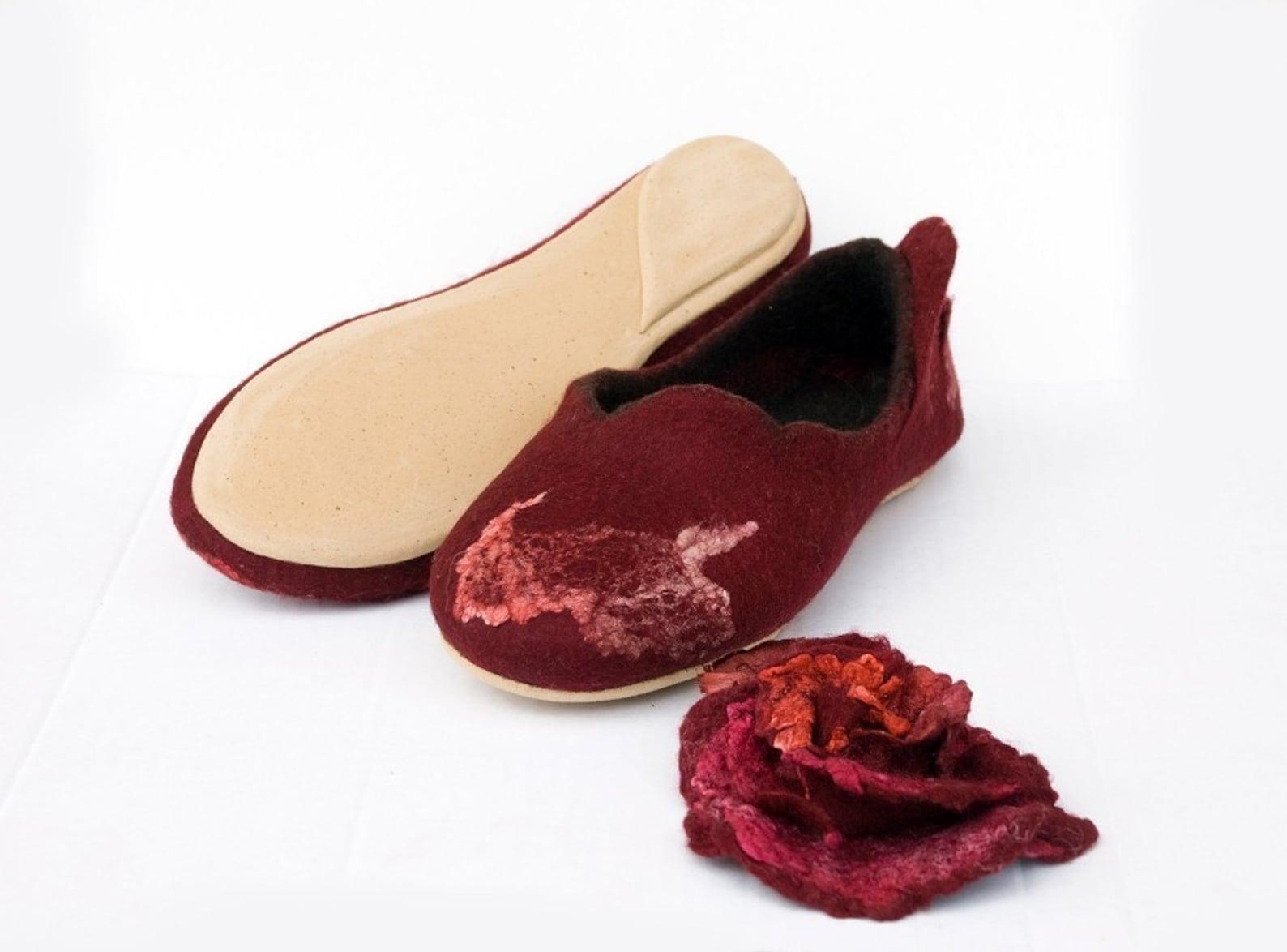 winter wedding handmade slippers with roses, handmade shoes, felt slippers flower, grandma gift ballet flats women slippers cozy