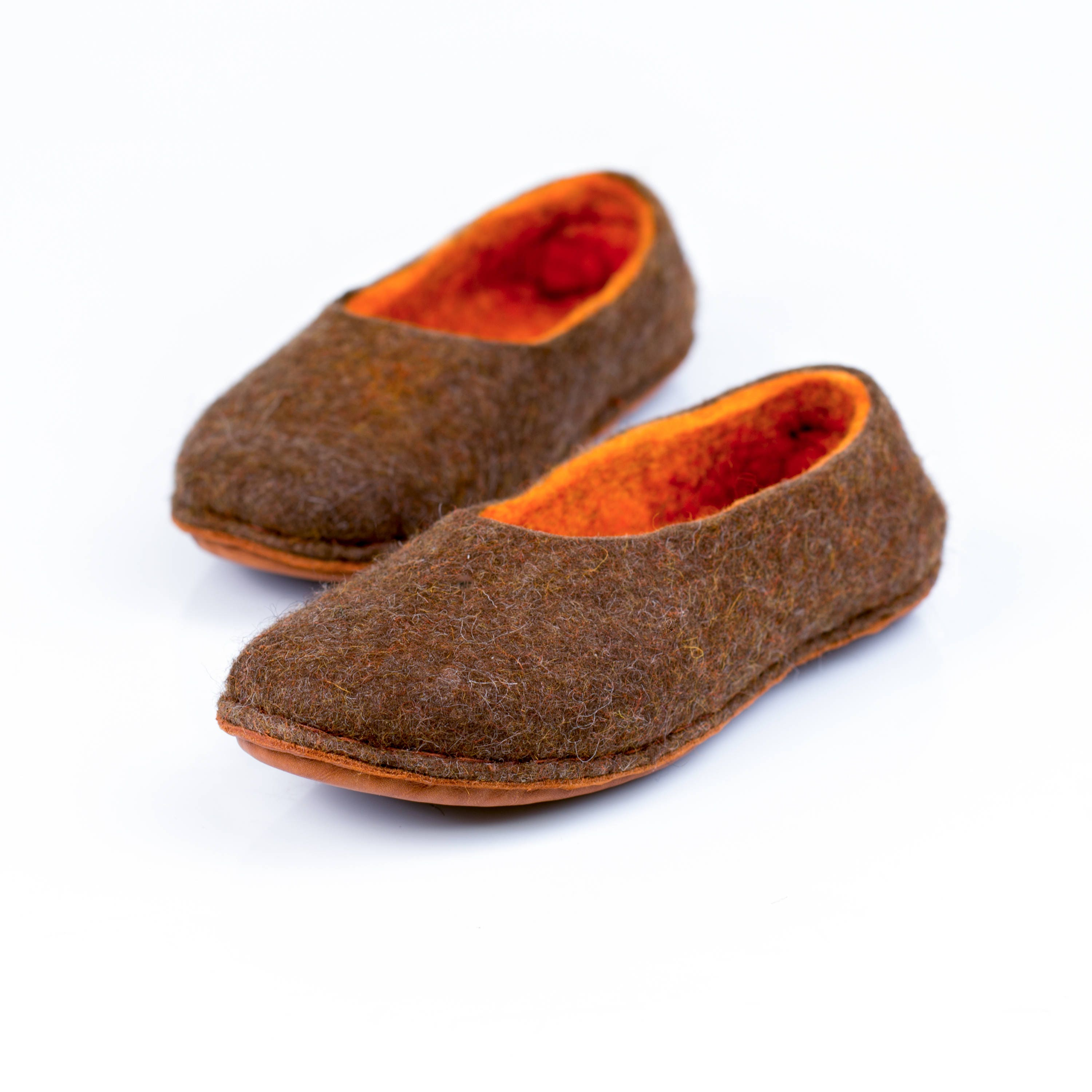 986f1e2c2e7 Brown felted wool slippers for her with orange inner layer, Alpaca wool ...