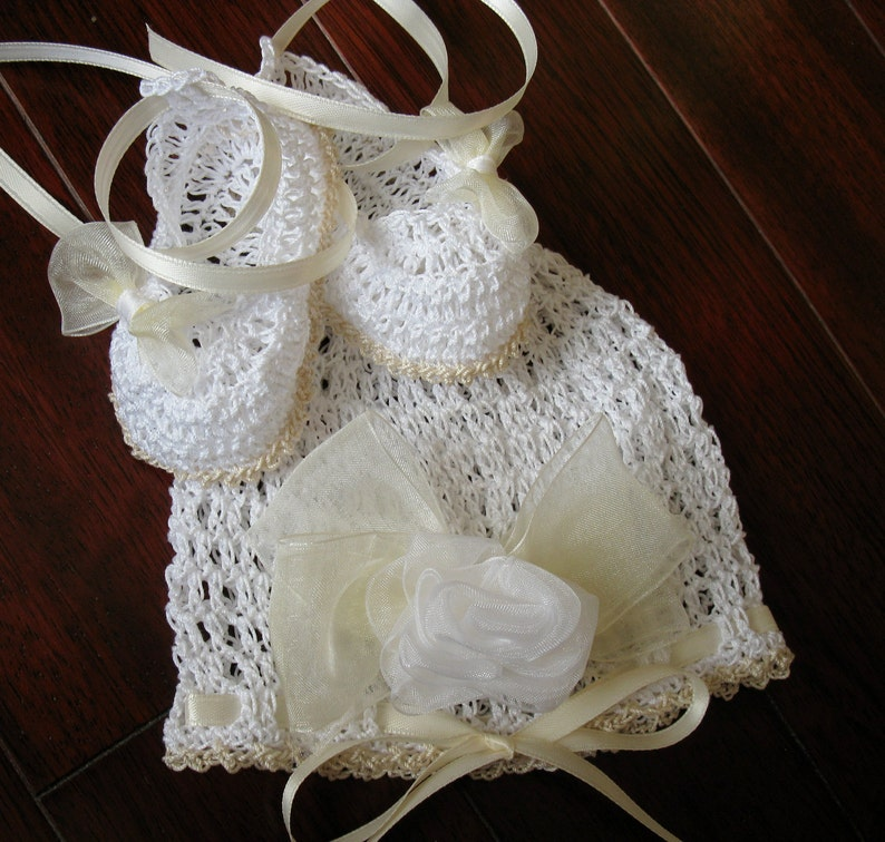 3a01083c9 Crochet Newborn Baby Hat and Booties Set Infant Girl Bonnet and Crib Shoes  Knit Baby Beanie and Mary Janes Reborn Doll Cap and Shoes