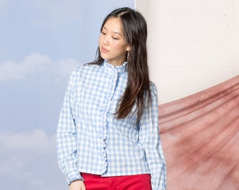 a94713333840b RUFFLED CHECKERED BLOUSE 50s long sleeves cotton vintage Spring Picnic  woman   Small Medium
