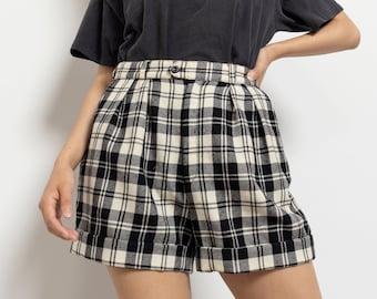PLAID WOOL SHORTS vintage high waist Pleated black white minimal modern / 27 Inch Waist / Size 6