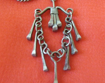 Tough as Nails... Vintage Big Moving Pendant Necklace