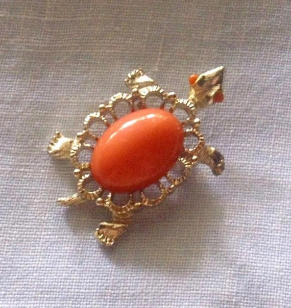 Vintage Faux Coral Turtle Pin Brooch