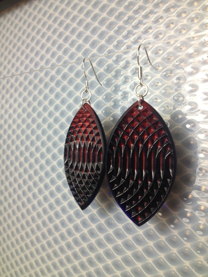 Oval earrings in cobalt blue and red image 0