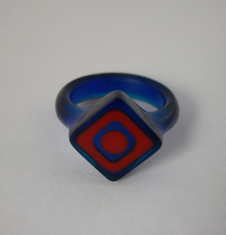 Resin ring  Cobalt blue with red offset squares. Size 6.5 image 0