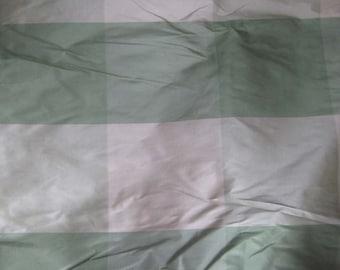 """Remnant Sale - Green & White CHECK Silk TAFFETA Fabric 18""""x27"""""""