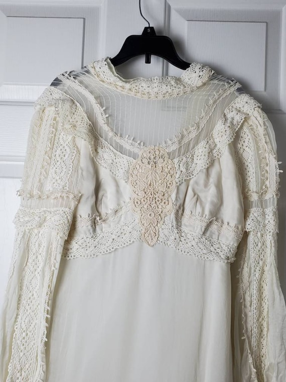 Vintage 1970's Victorian Style Wedding Dress with