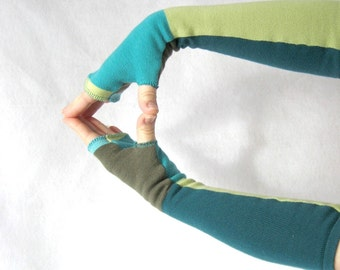 How to make fingerless mitts from sweaters sewing pattern