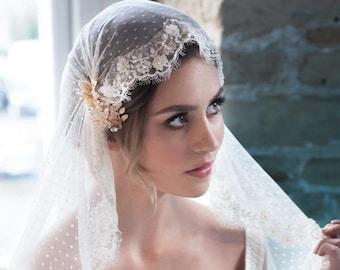 Juliet cap veil VALENTINA in IVORY- Bridal beaded lace veil - point d'esprit - fingertip veil - polka dot veil - Swiss dot circle veil