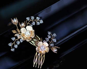 Bridal SMALL flower hair combs - ELLIE -  gold - set of two