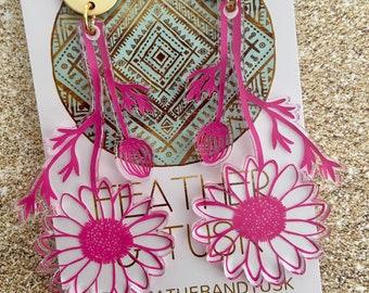 Large Daisy Earrings   handmade earrings   resin earrings   flower earrings   transparent earrings   acrylic earrings   plant earrings pink