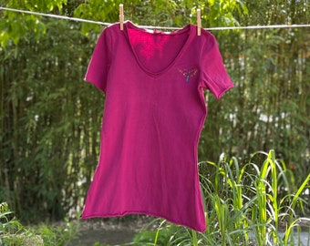 Women's Hand Embroidered Knit Tee (Magenta)