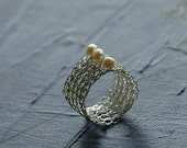 Silver crochet ring, Pearl ring, Wire ring, June birthstone