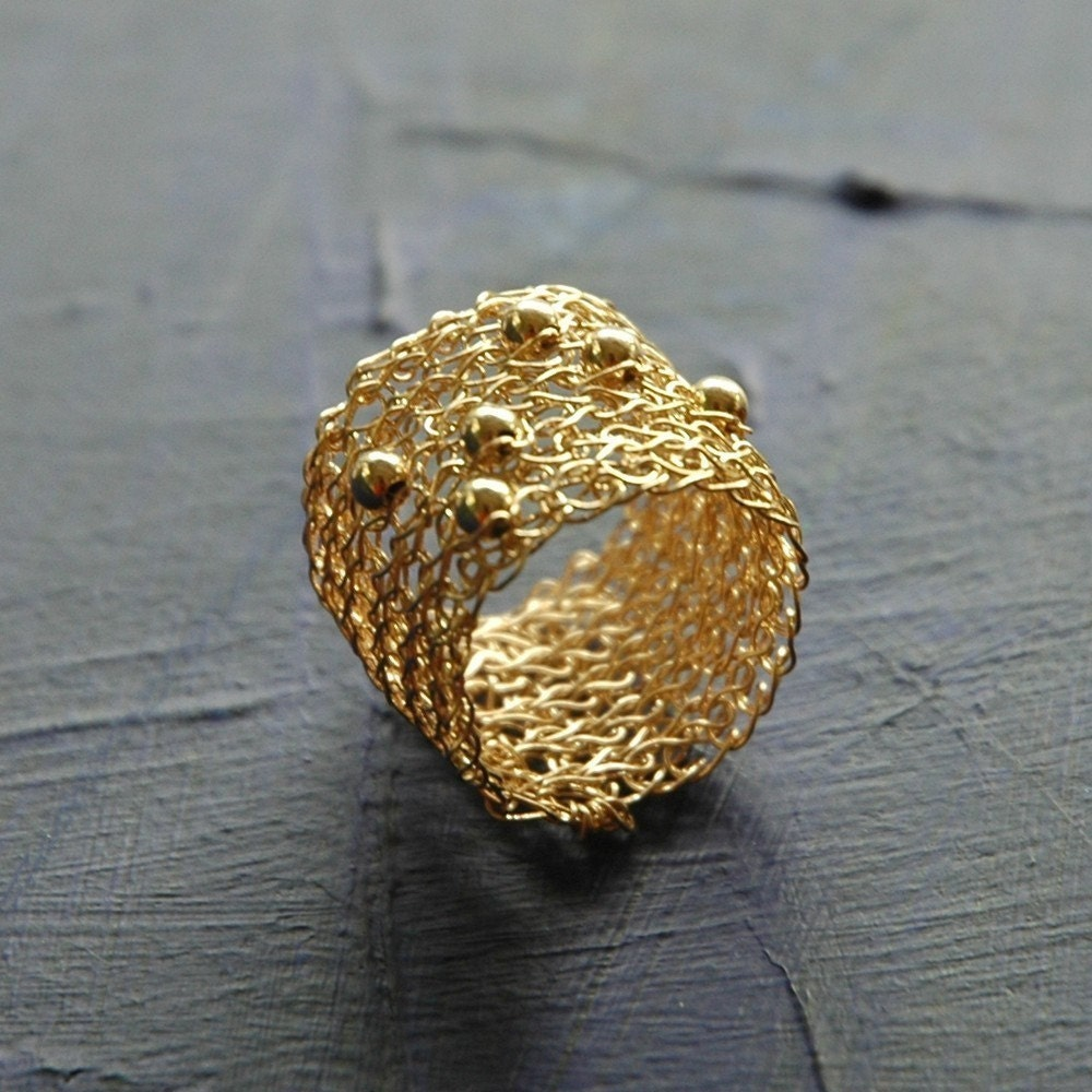 SPORADIC Band ring gold ring modern design wire crochet