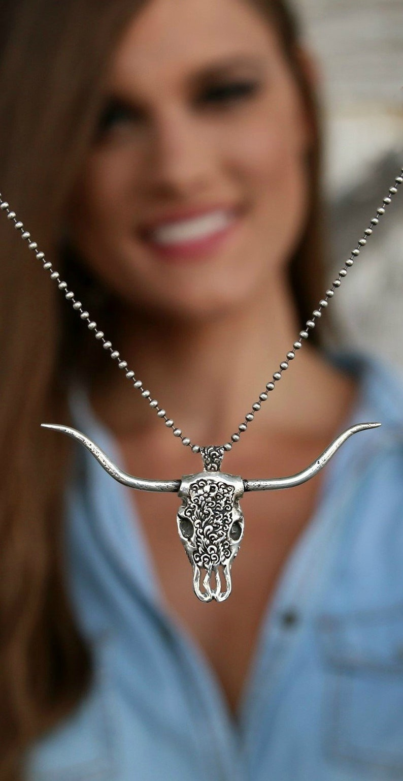 Western Bull Skull Necklace Carved Bison Head Southwestern image 0