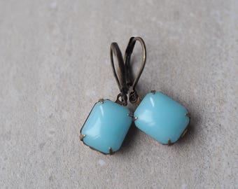 Light Blue Earrings /Vintage Glass Earrings / Opaque Robins Egg Blue / Dangle Earrings / Pastel Blue Earring / Casual Estate Style Jewelry