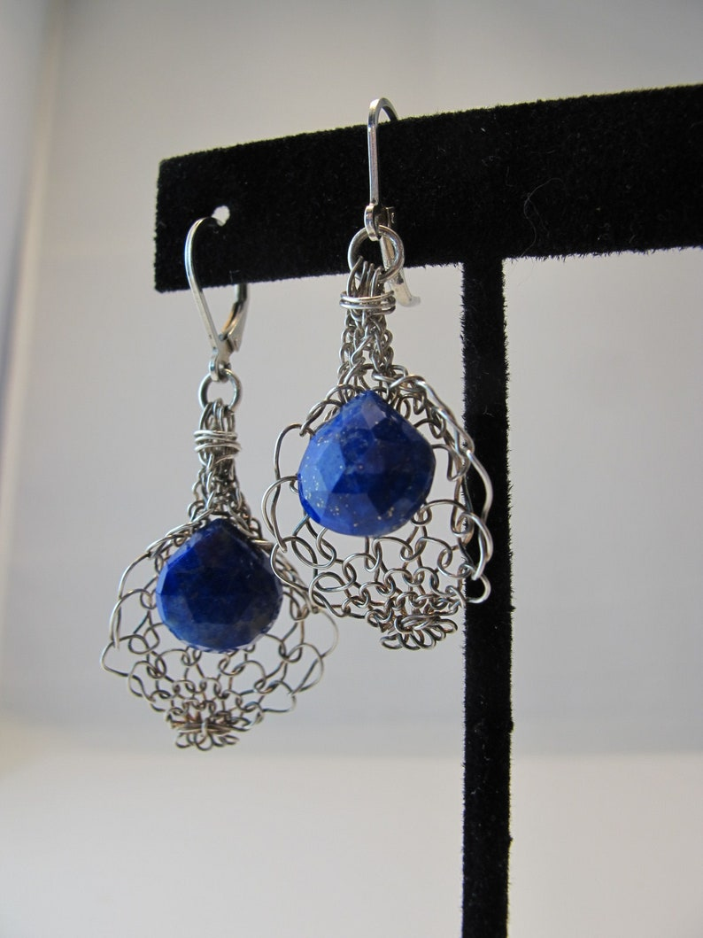 Lapis Lazuli in a Lily Inspired Fine Silver Woven Drop on image 0