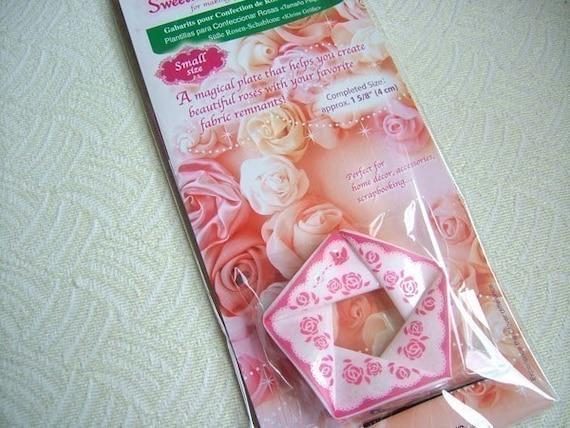 CLOVER SWEETHEART ROSE MAKER ~ FLOWER MAKING KIT ~ 3 SIZES ~ CRAFTS ~ DECORATION