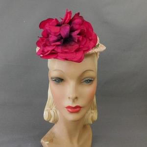 Vintage 1950s 50s G Howard Hodge Beige Tan Heart Ladies Beige Party Pillbox Hat Cloche Wool