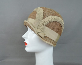74e83affc2fc7 Vintage 1920s Straw Cloche Hat with Ribbons and Embroidery