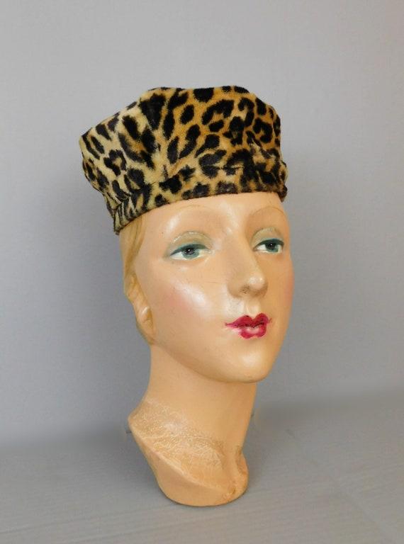 Vintage Leopard Faux Fur Hat, 1960s Toque, 21 inc… - image 2