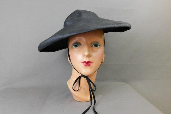 Vintage Black Straw Wide Brim Hat with chin ties,… - image 2