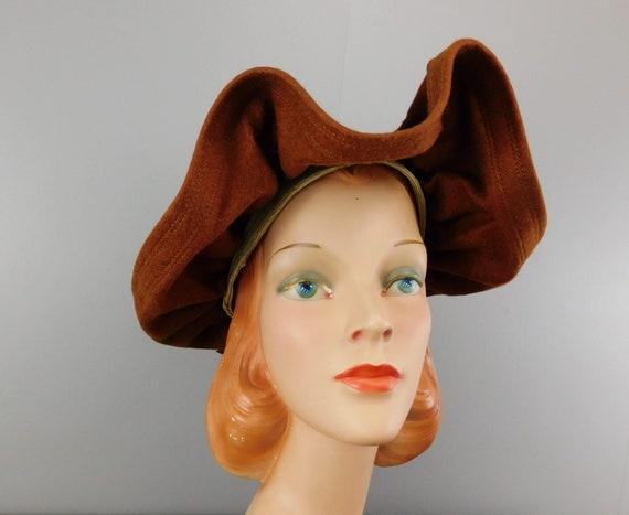 Vintage 1940s Straw & Wool Felt Hat with Wide Wav… - image 4
